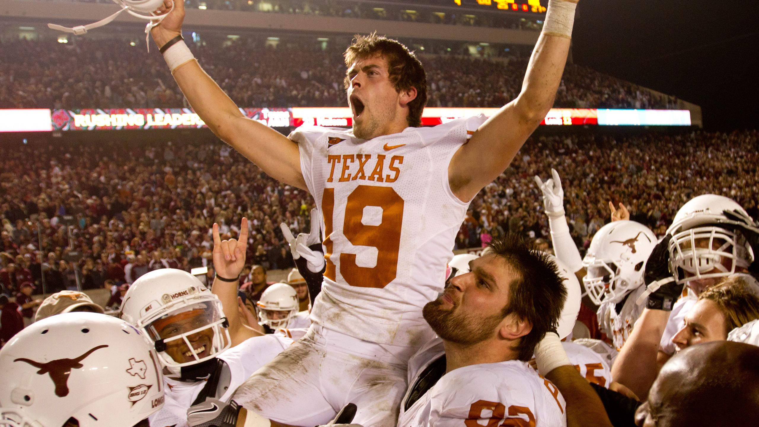 #25 Texas vs. Texas A&M - 11/24/2011 (re-air)