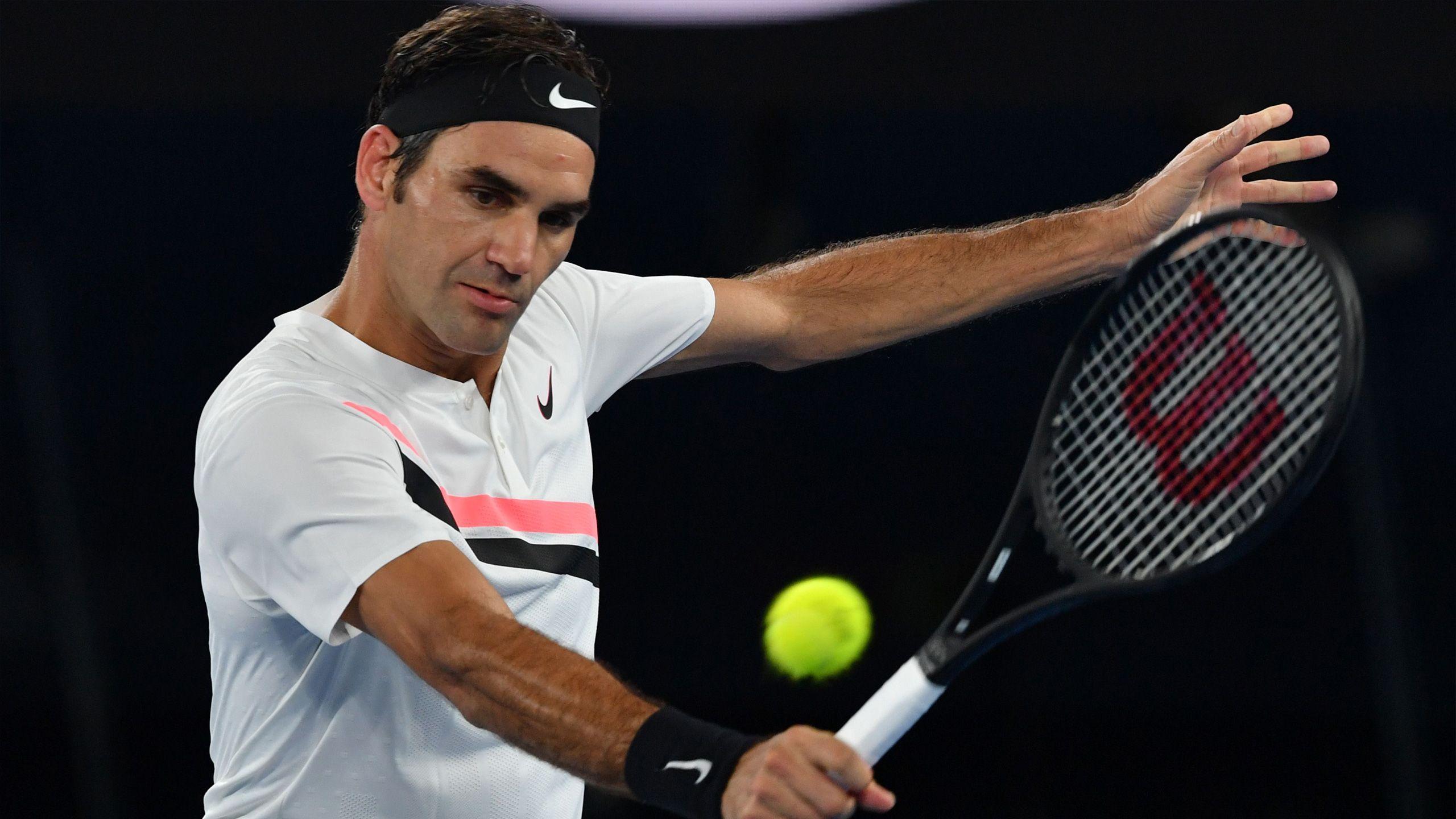 (2) Federer vs. Fucsovics (Men's Fourth Round)