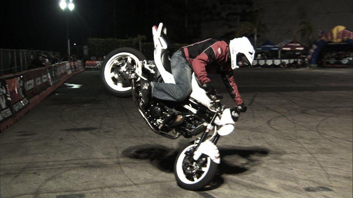 Street Freestyle Stunt Riding Street Motorcycles