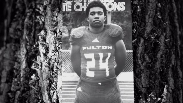 Zaevion Dobson commits the ultimate act of courage, heroism