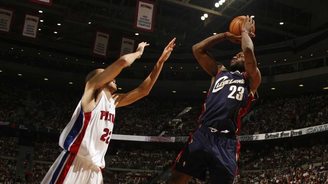 362e007dc75 The day LeBron James gave any Detroit Piston who guarded him a bucket and  scored 25 straight points