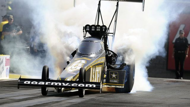 Dollar General NHRA Four-Wide Nationals Qualifying