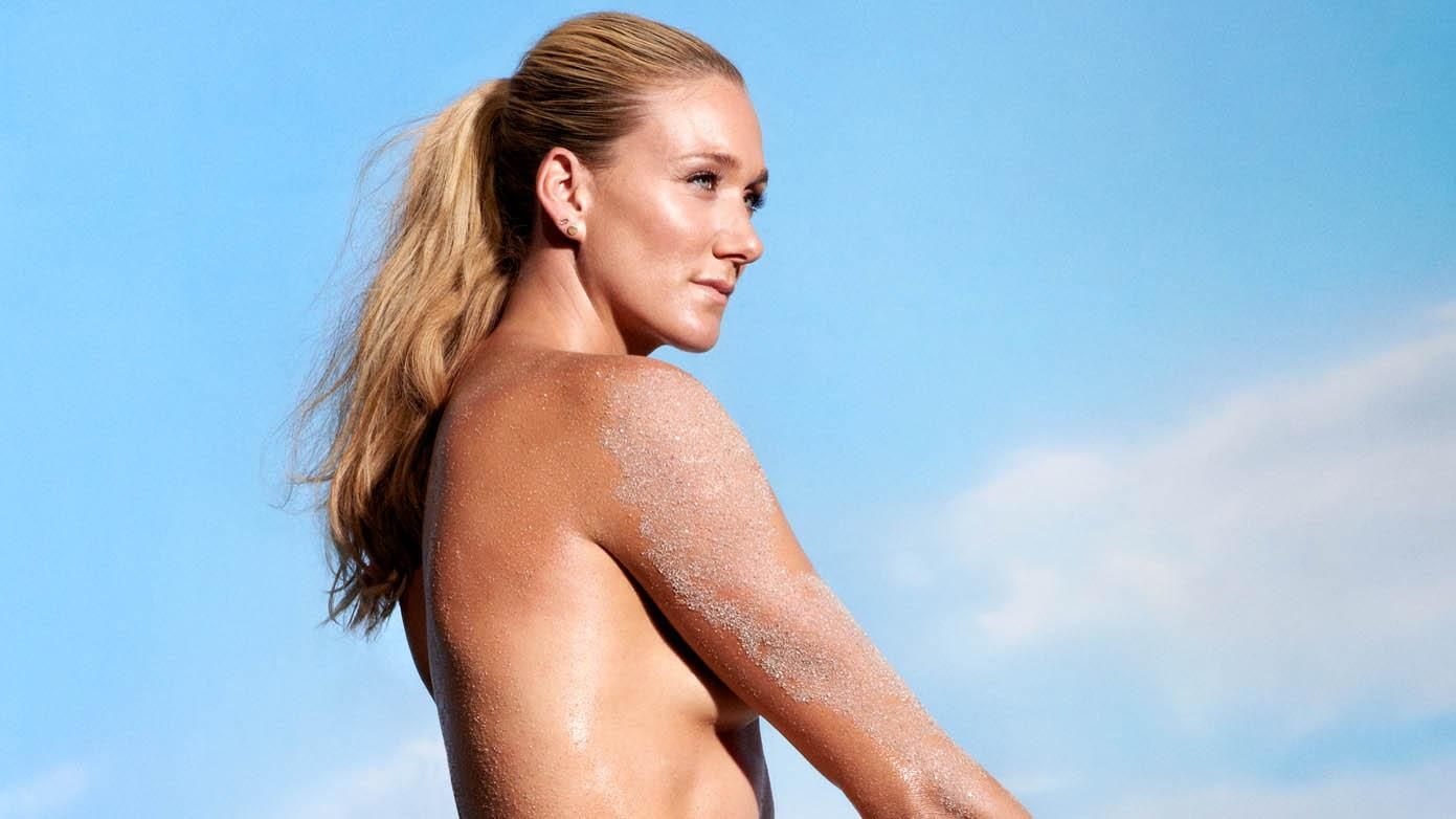 Gold in her sights ... Check out Kerri Walsh Jennings' Body Issue