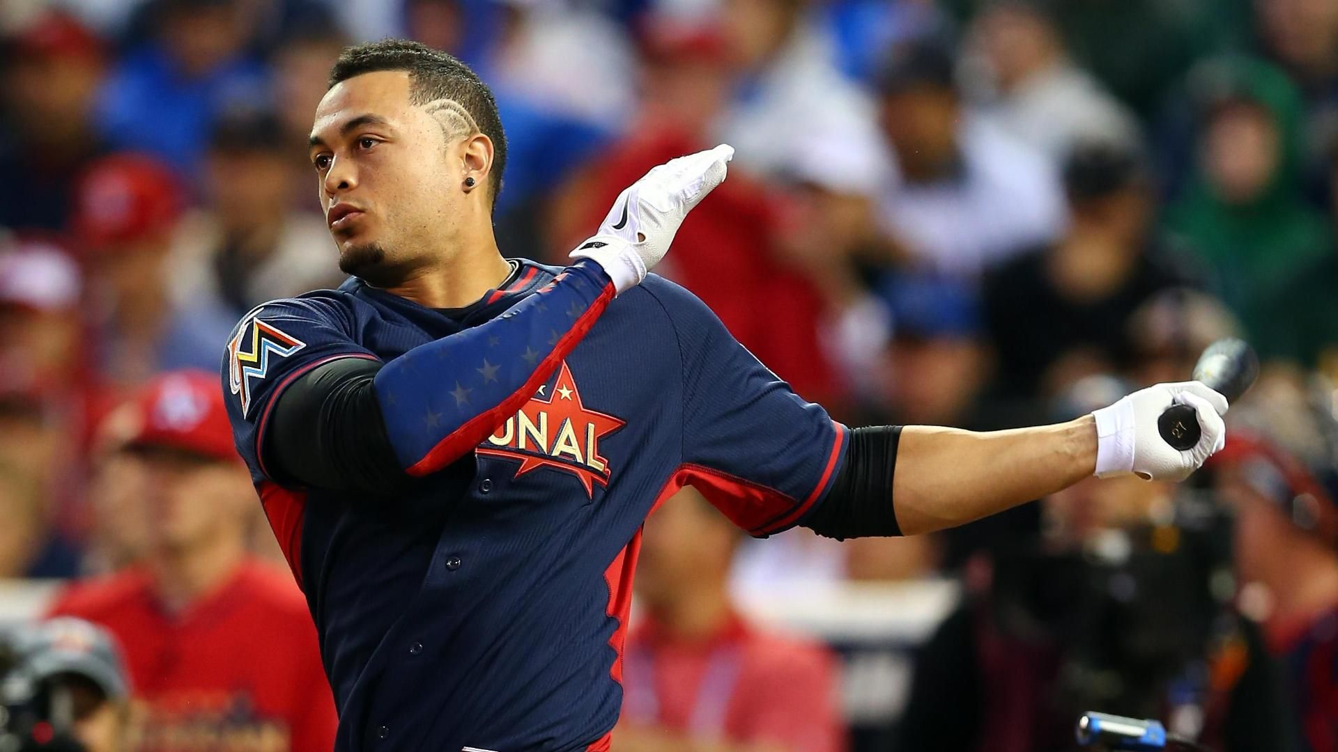 Stanton Nearly Blasts Ball Out Of Park