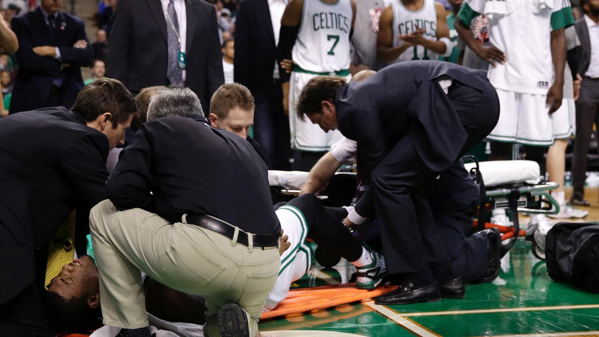 Smart Carted Off In Celtics' Win