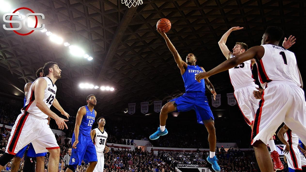 Kentucky Survives To Remain Undefeated