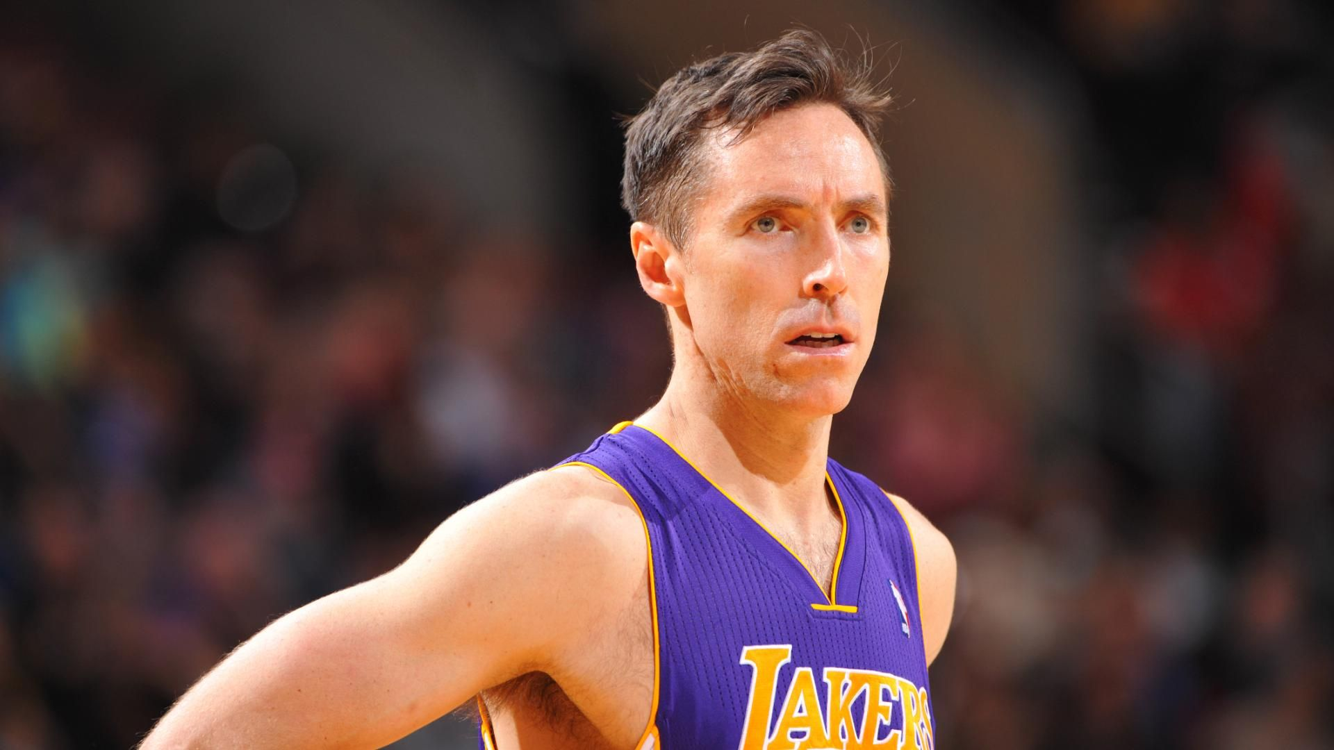 Steve Nash Announces Retirement