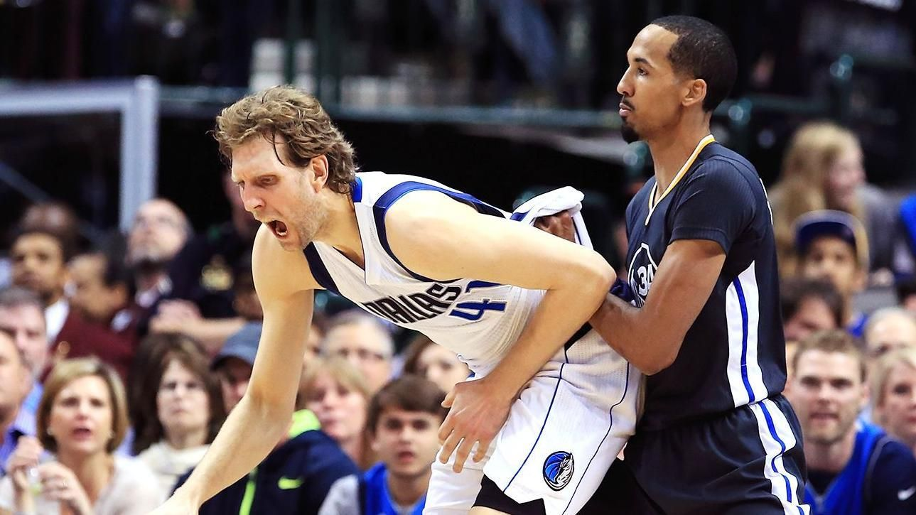 Livingston takes a cheap shot at Dirk