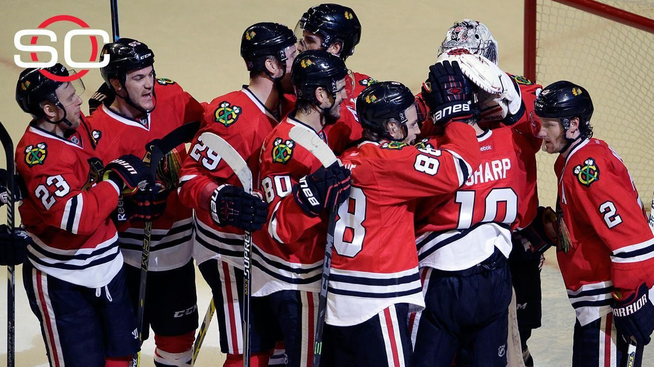 Blackhawks edge Predators, win series