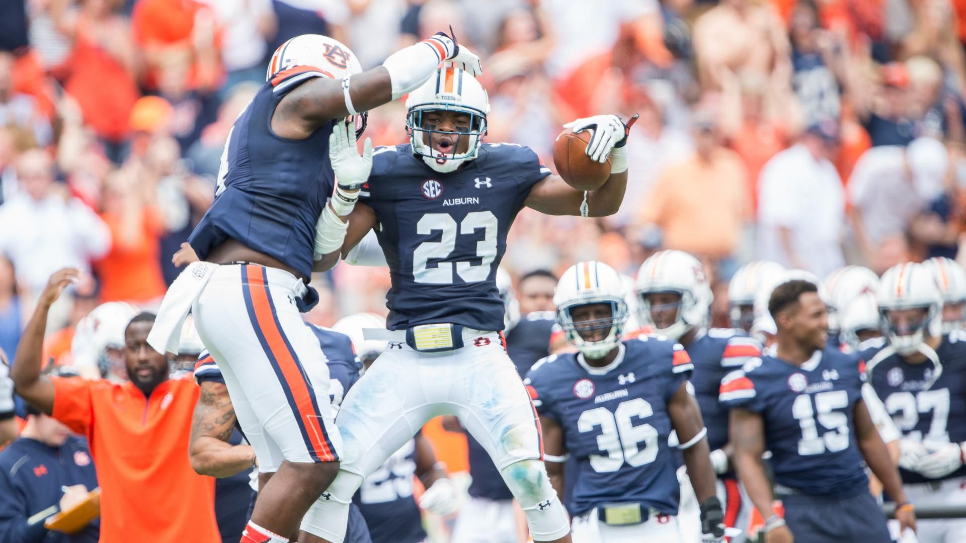 Auburn survives scare from Jacksonville State