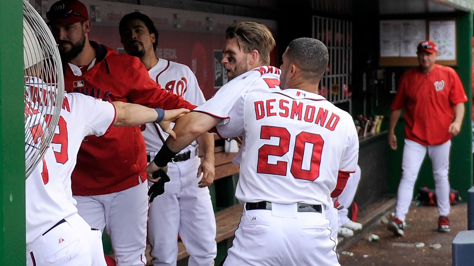 Papelbon was out of place with Harper