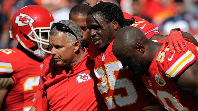 https://secure.espncdn.com/combiner/i?img=/media/motion/2015/1011/dm_151011_NFL_OnePlay_Jamaal_Charles_injury1173/dm_151011_NFL_OnePlay_Jamaal_Charles_injury1173.jpg