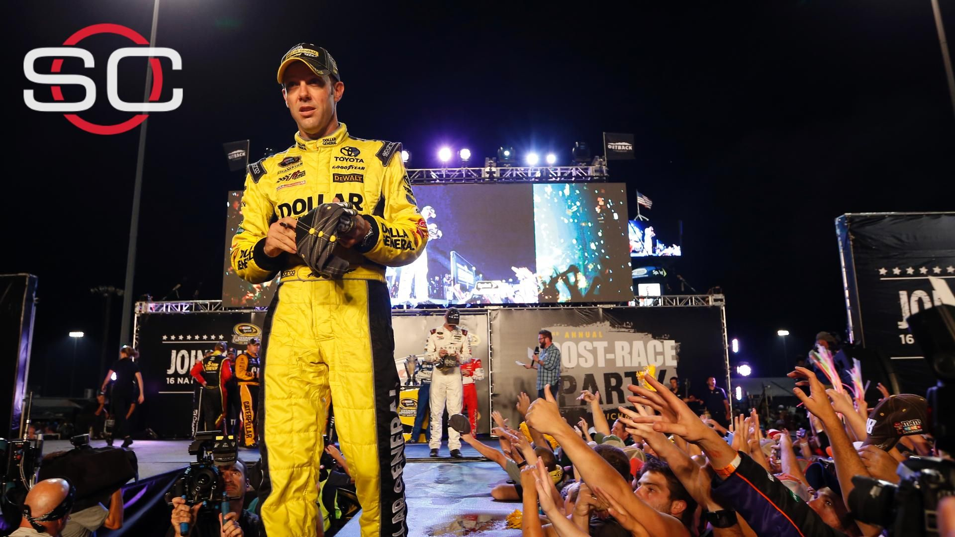 Kenseth calls Logano a liar over spin at Kansas