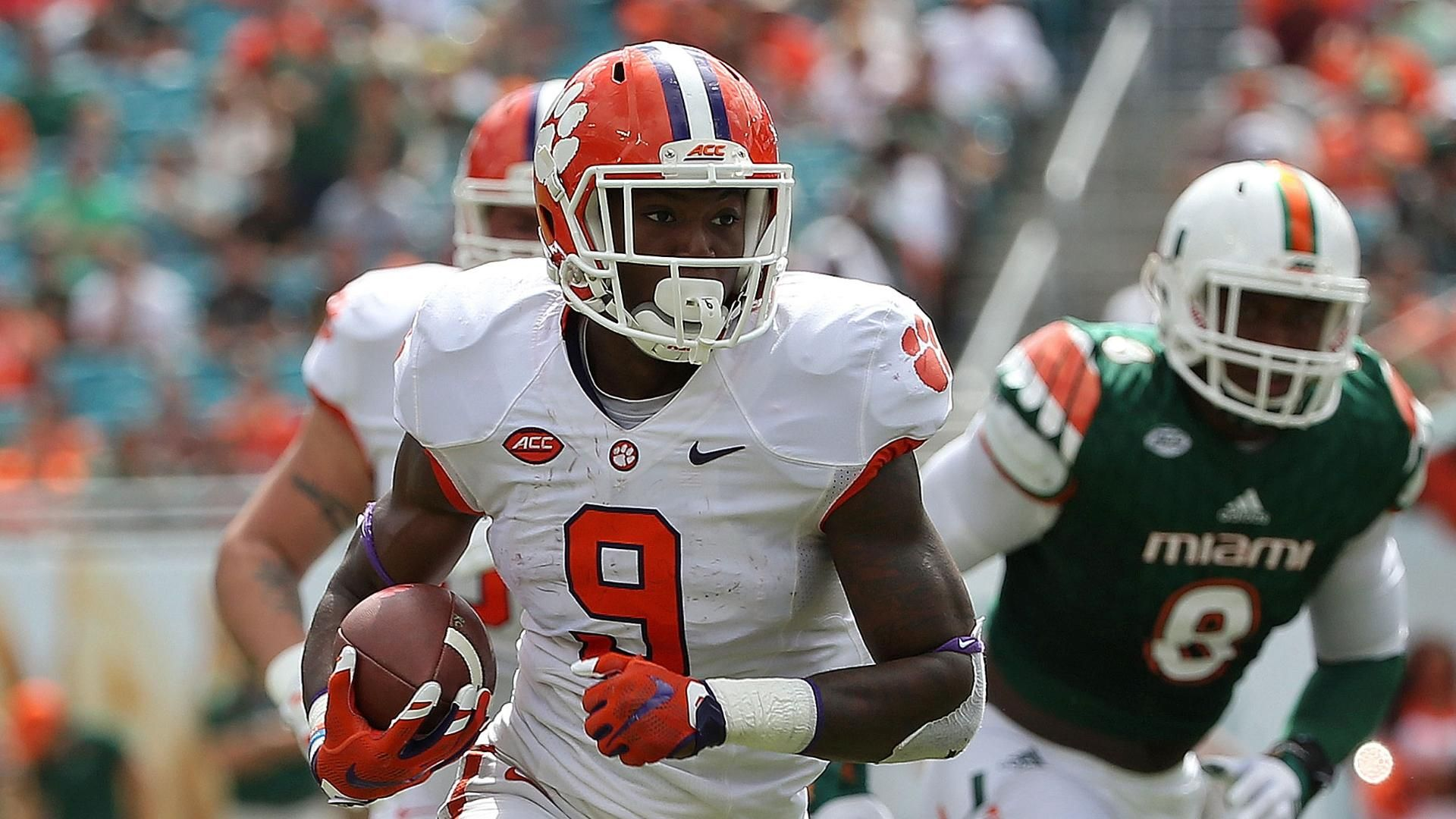 Clemson shuts out Miami in grand fashion
