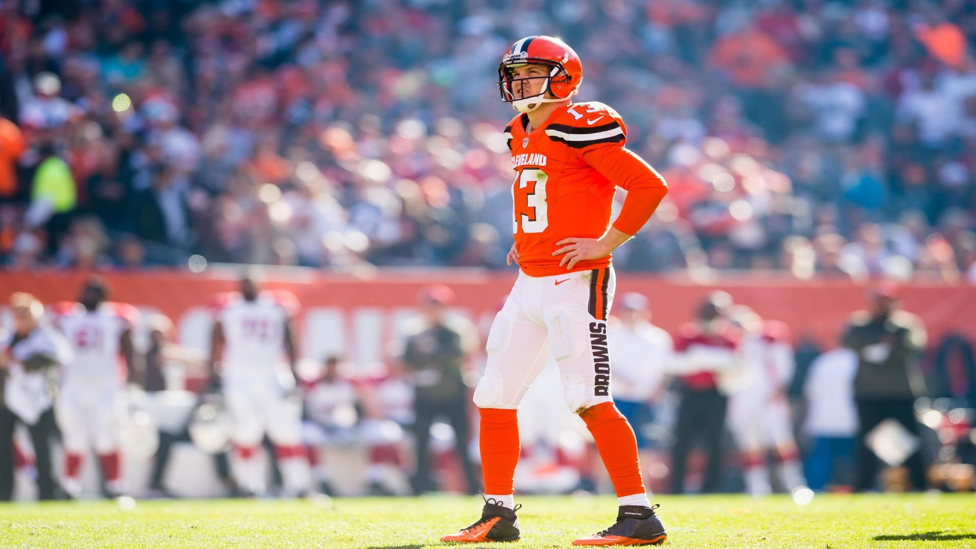 https://secure.espncdn.com/combiner/i?img=/media/motion/2015/1110/dm_151110_nfl_mccown_manziel_news/dm_151110_nfl_mccown_manziel_news.jpg