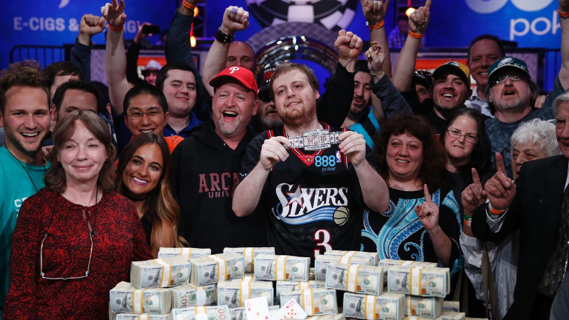 Joe McKeehen wins World Series of Poker