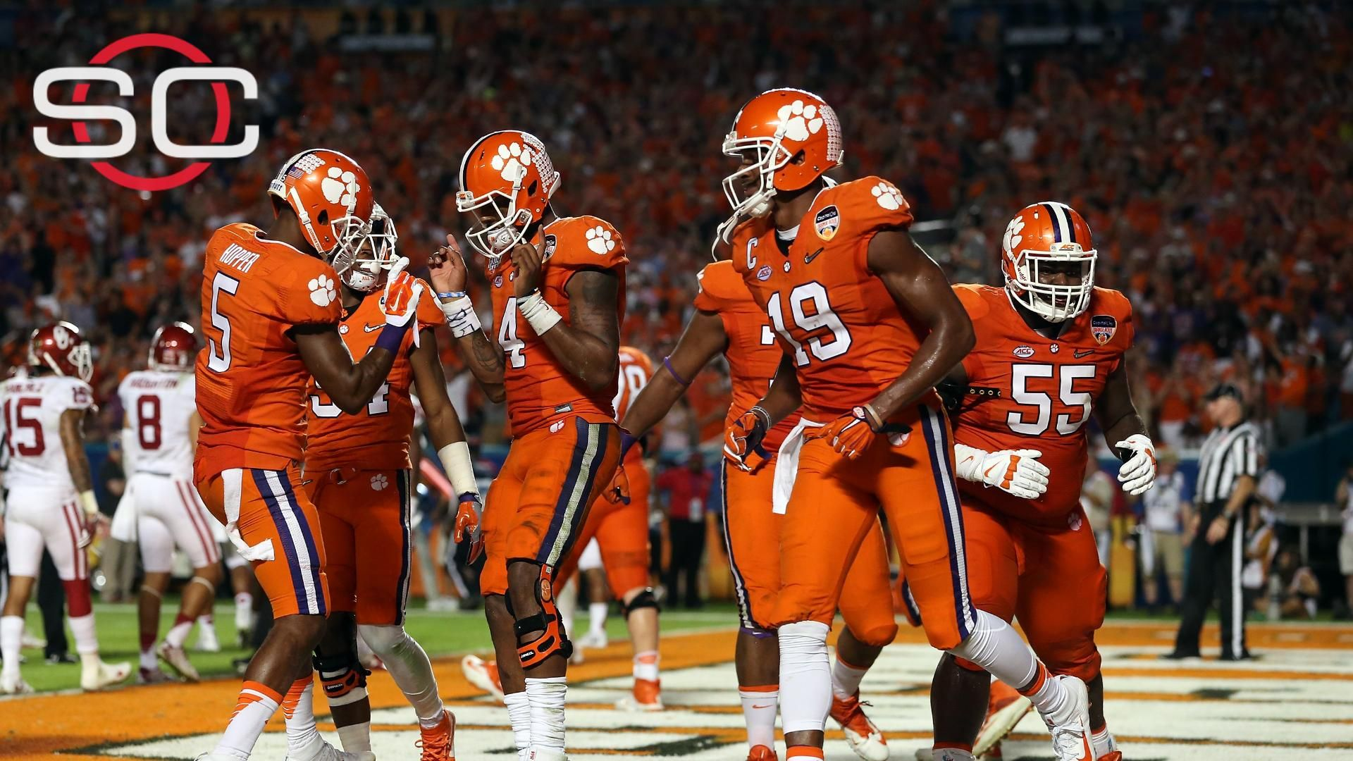 Clemson rolls over Oklahoma, advances to CFP title game