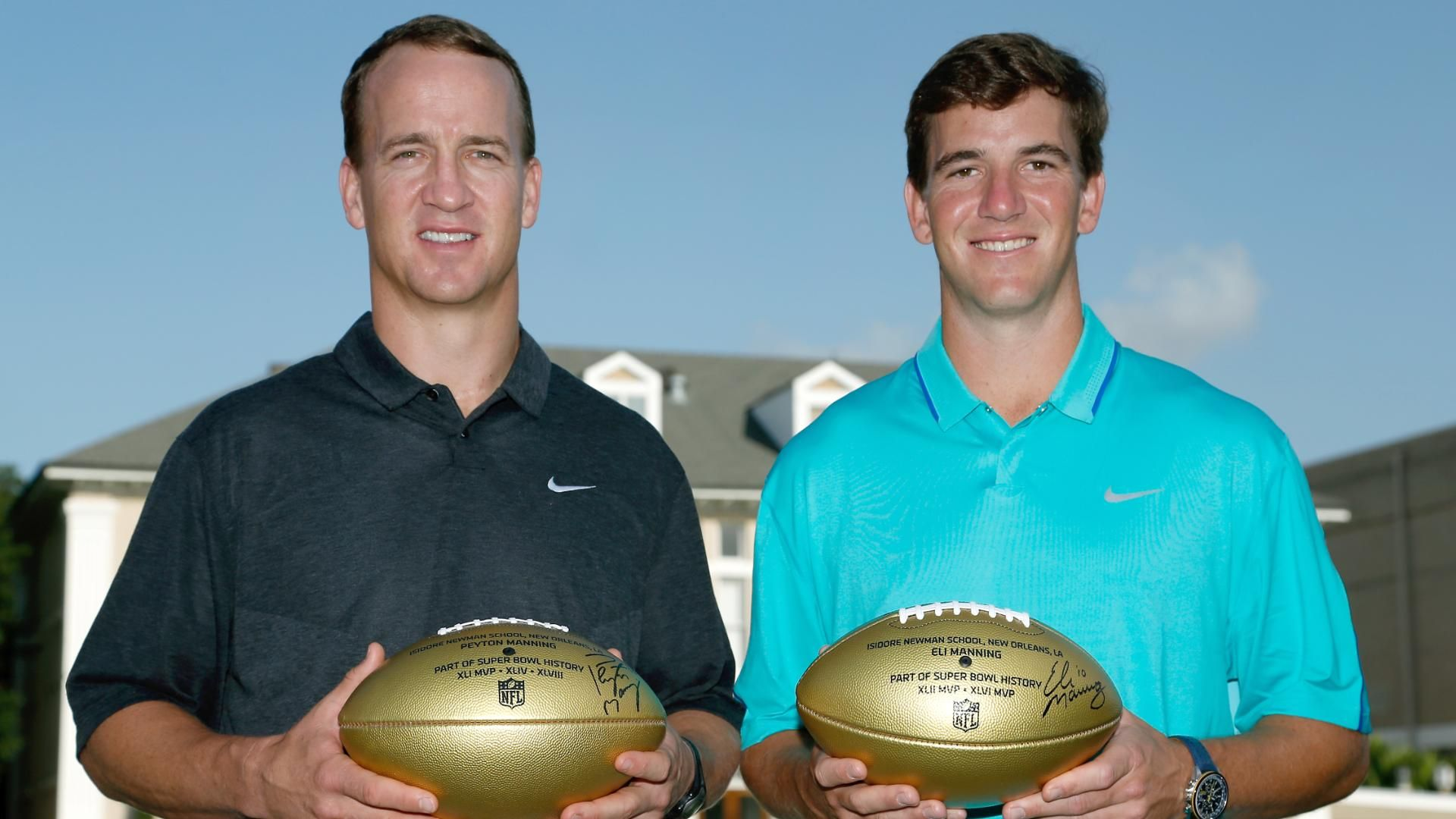 Eli's proud of how Peyton handled new situations