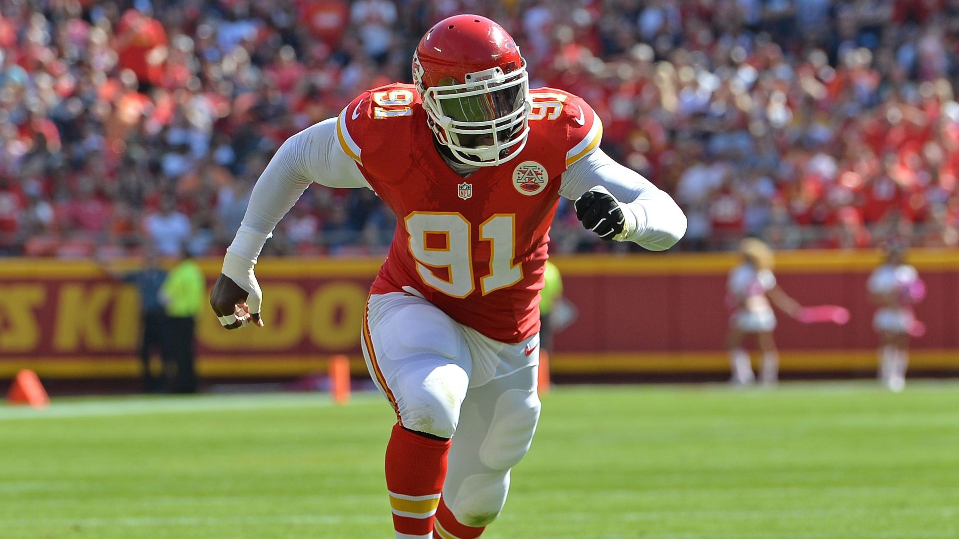Tamba Hali staying with Chiefs
