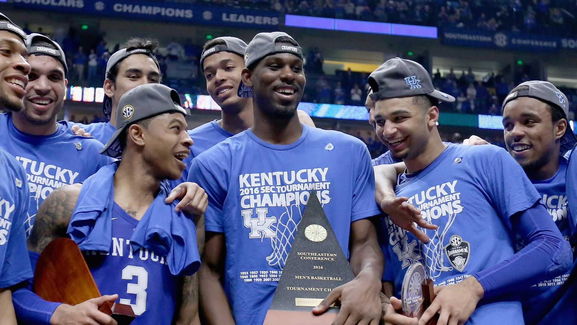 Who's staying and going at Kentucky?