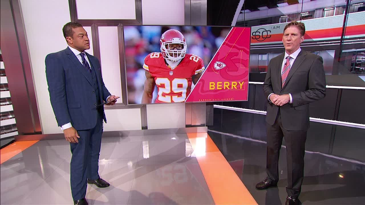 https://secure.espncdn.com/combiner/i?img=/media/motion/2016/0715/dm_160715_Waddle_on_Eric_Berry_Chiefs/dm_160715_Waddle_on_Eric_Berry_Chiefs.jpg