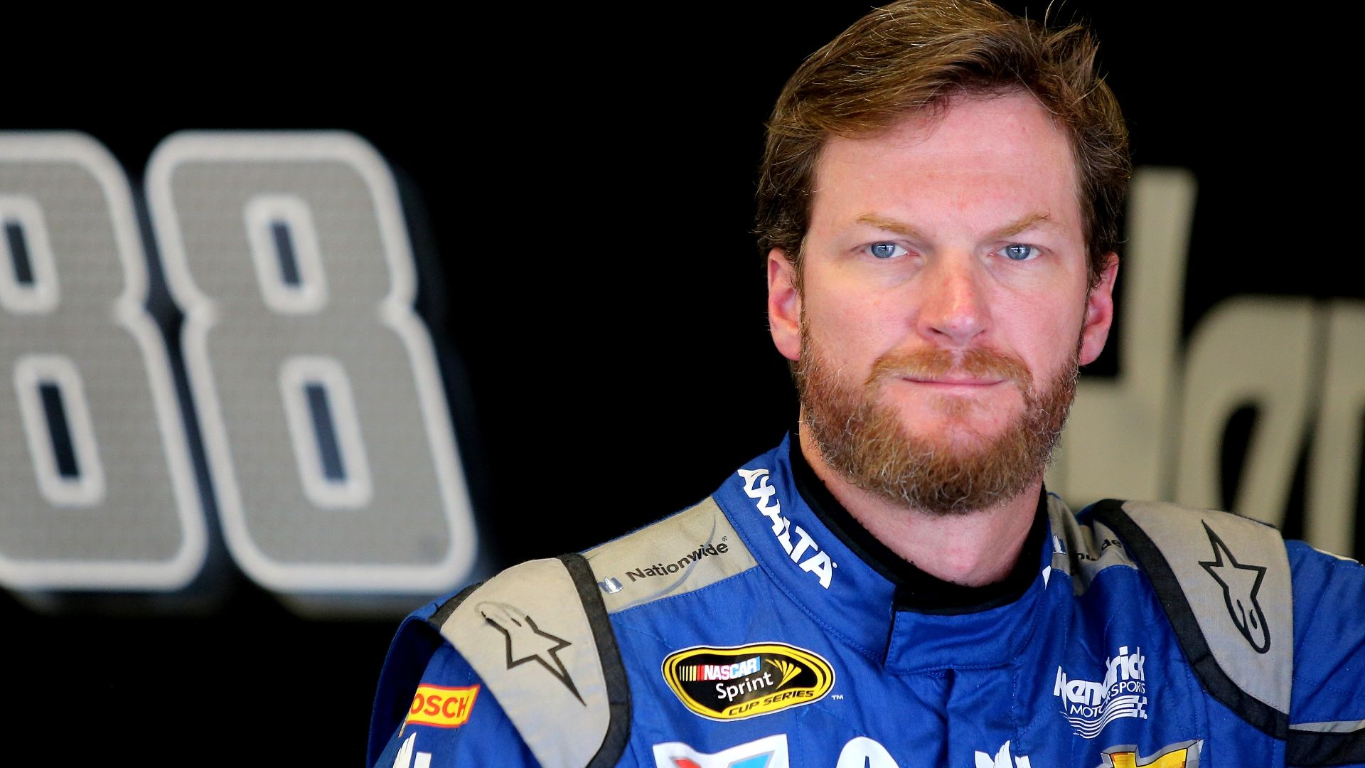 Earnhardt Jr. puts health over desire to drive