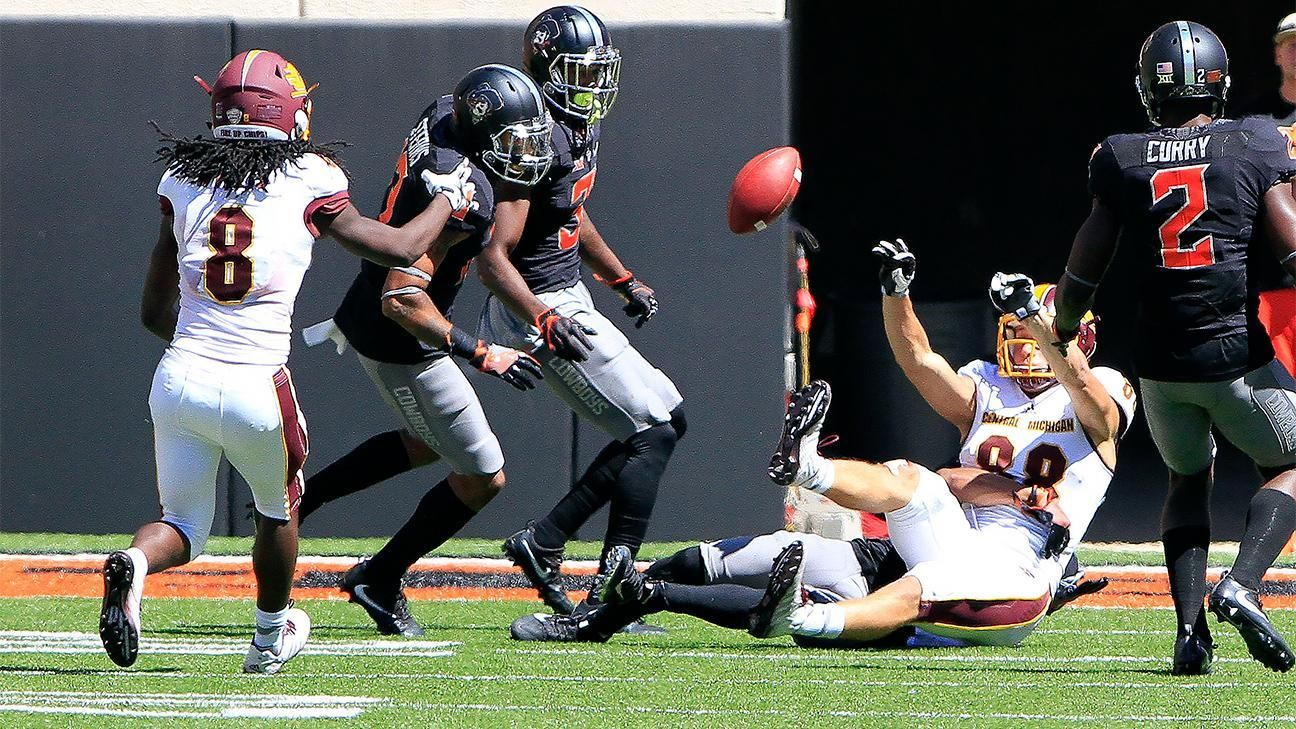 Central Michigan stuns Oklahoma State with Hail Mary and lateral on final play