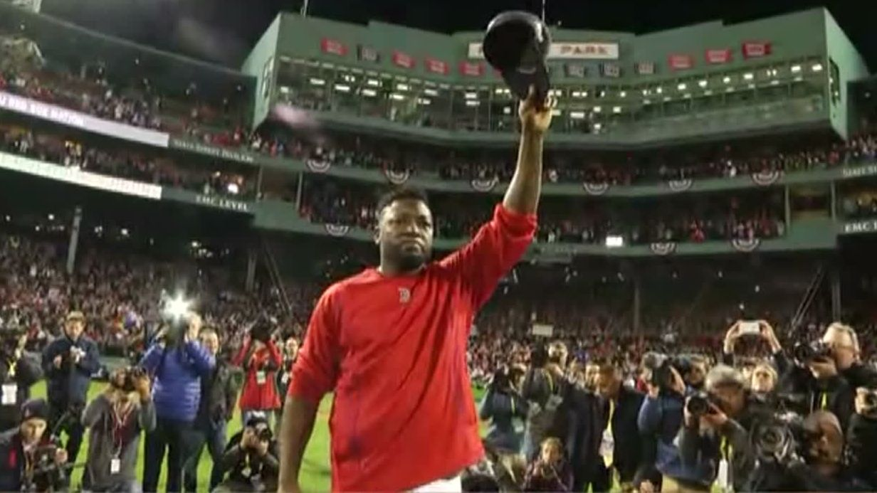 Tearful Ortiz salutes the Fenway faithful