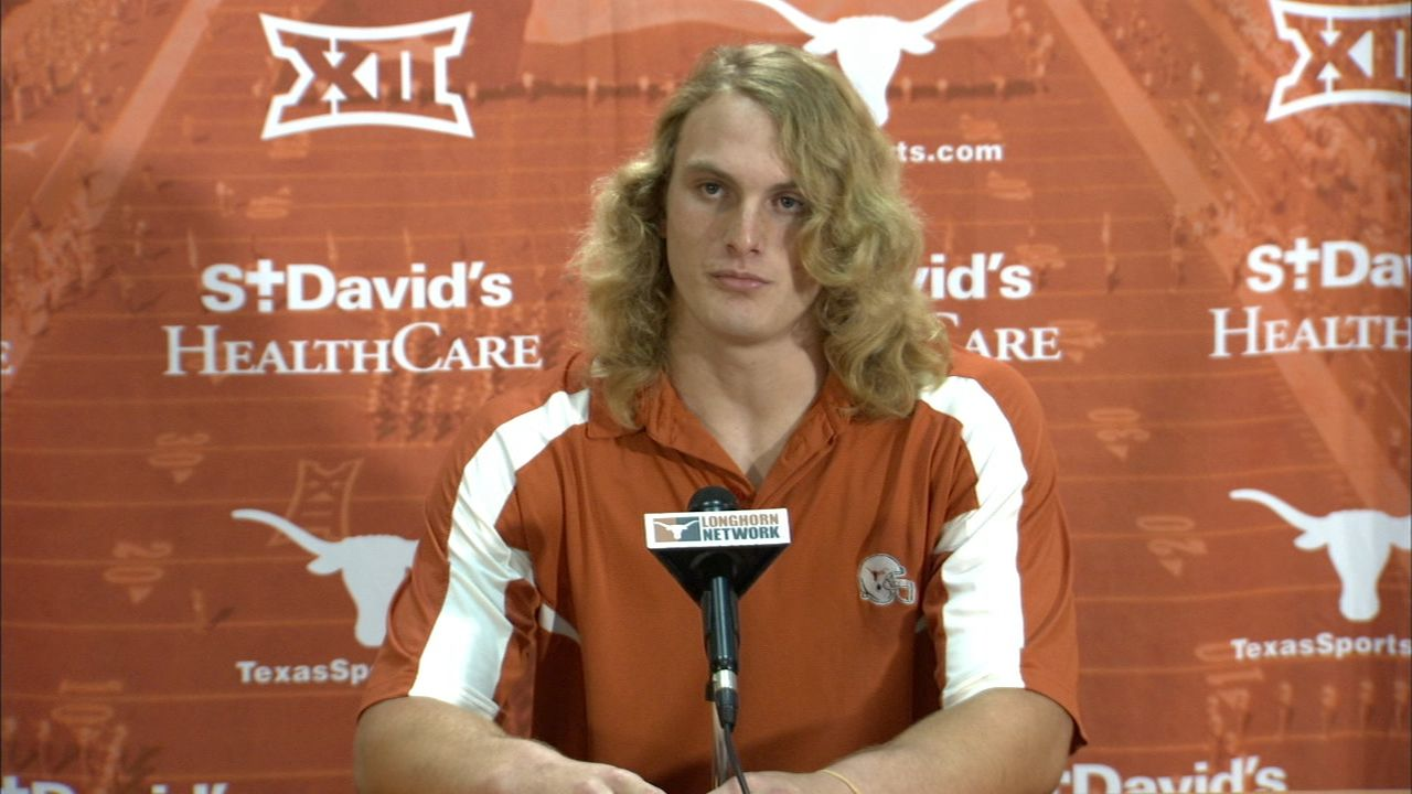 Texas DE says he wants to 'injure' opposing QB