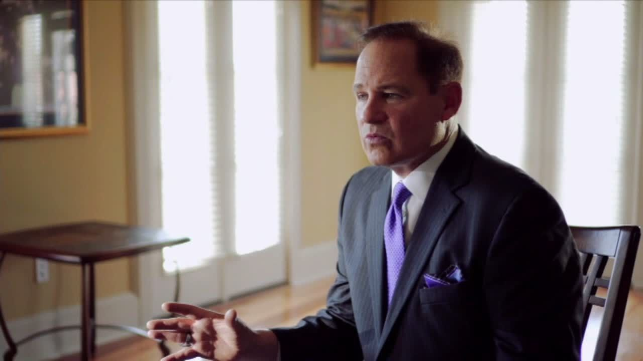 Les Miles still has passion for coaching