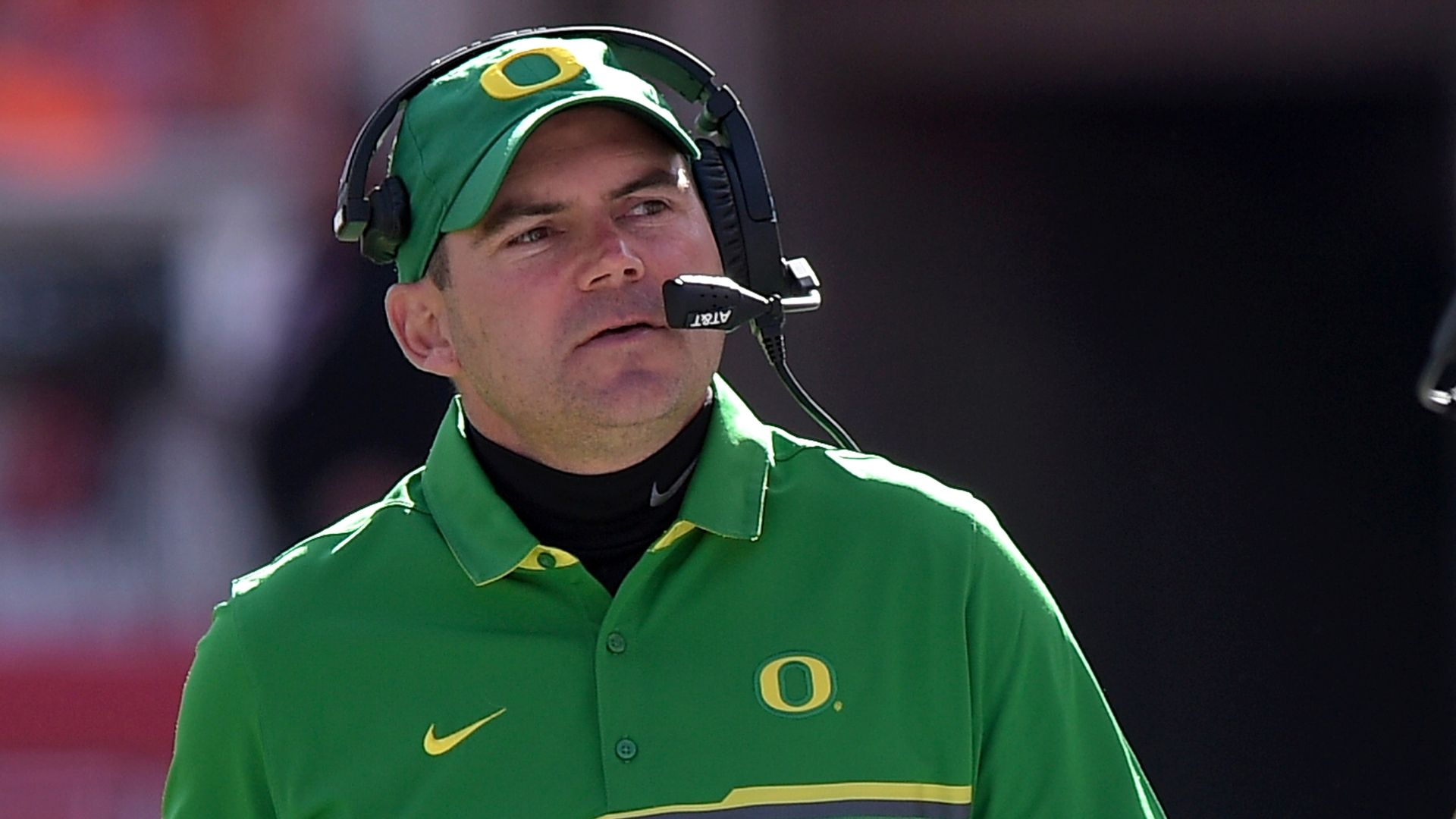 Helfrich encouraged Kelly to return to Oregon to save staff