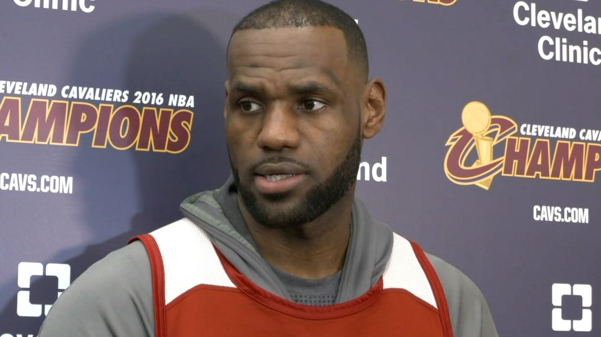 LeBron doesn't have preference in who Cavs sign
