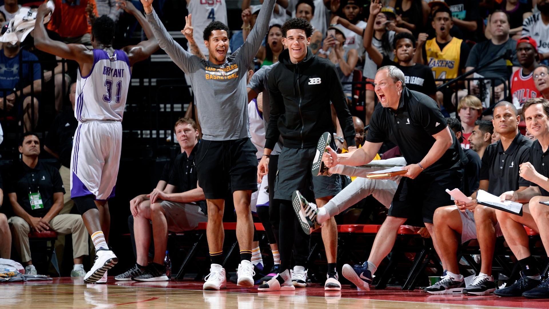 Lakers win summer league with Ball on the bench
