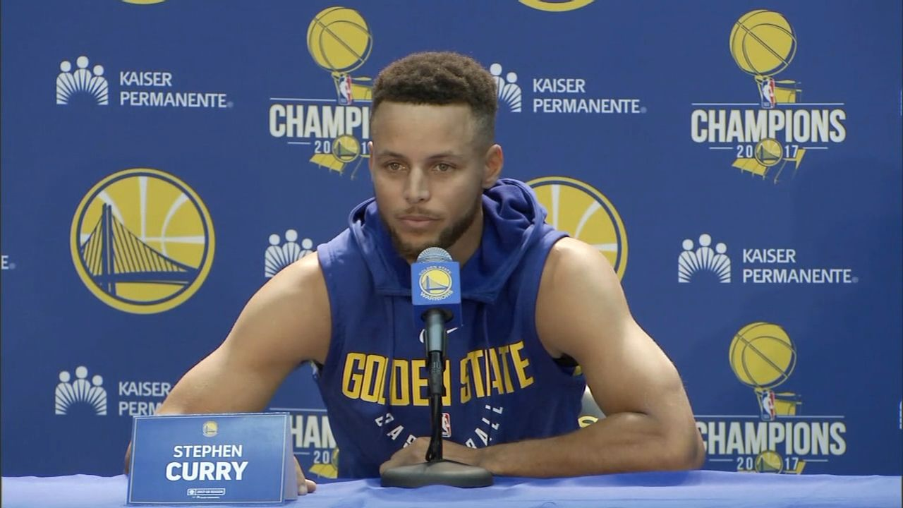 Curry: I don't stand for things President Trump has done