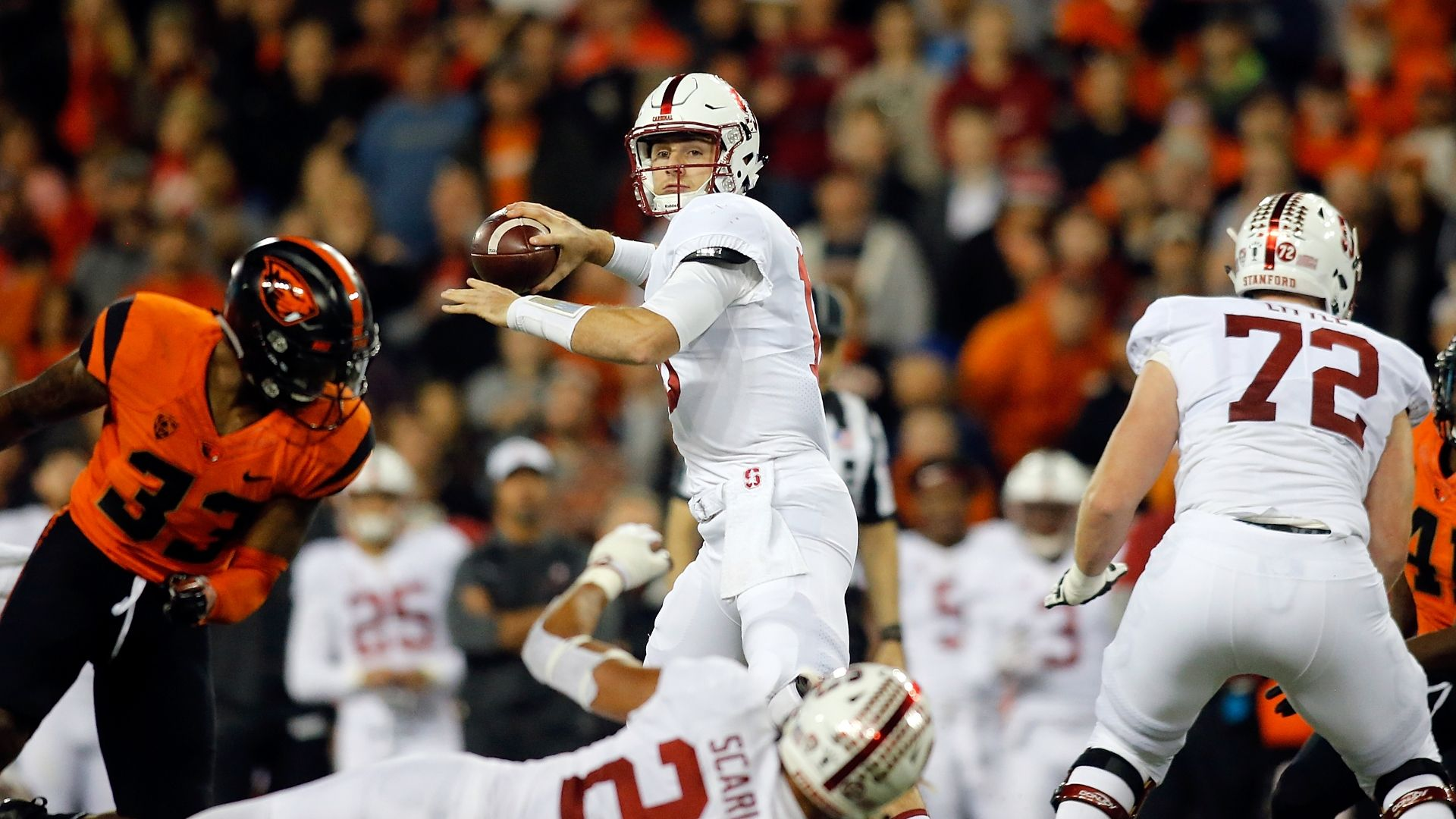 Stanford squeaks by Oregon State with late TD