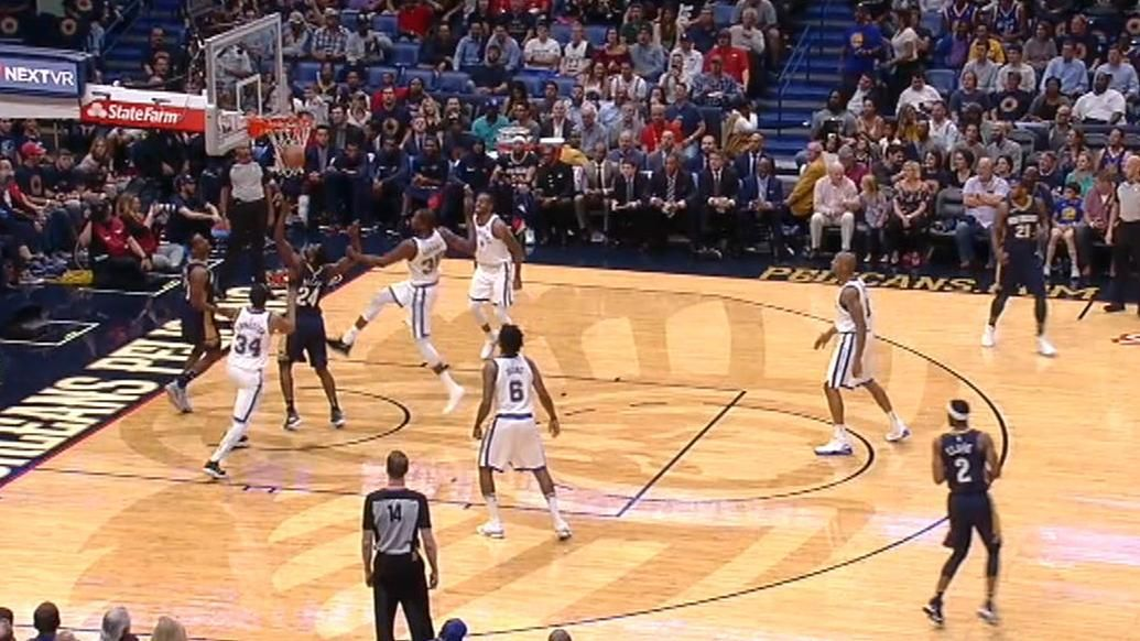 Durant doesn't need shoes to dominate