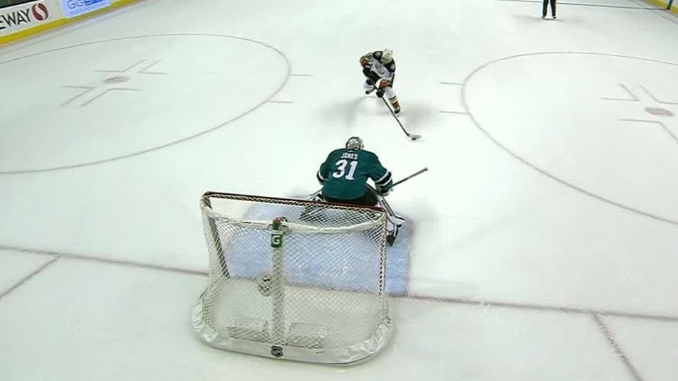 Ducks win in 9th round of shootout