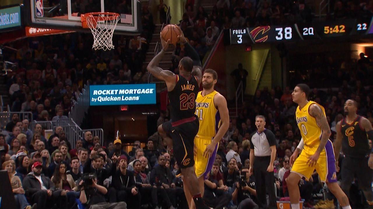 Lopez wants no part of LeBron's monster jam