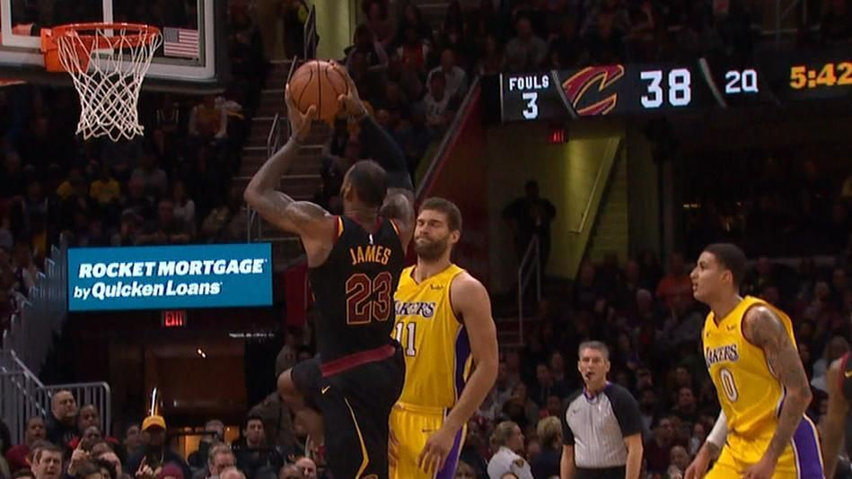 Lopez wants no part of LeBron's monster jam