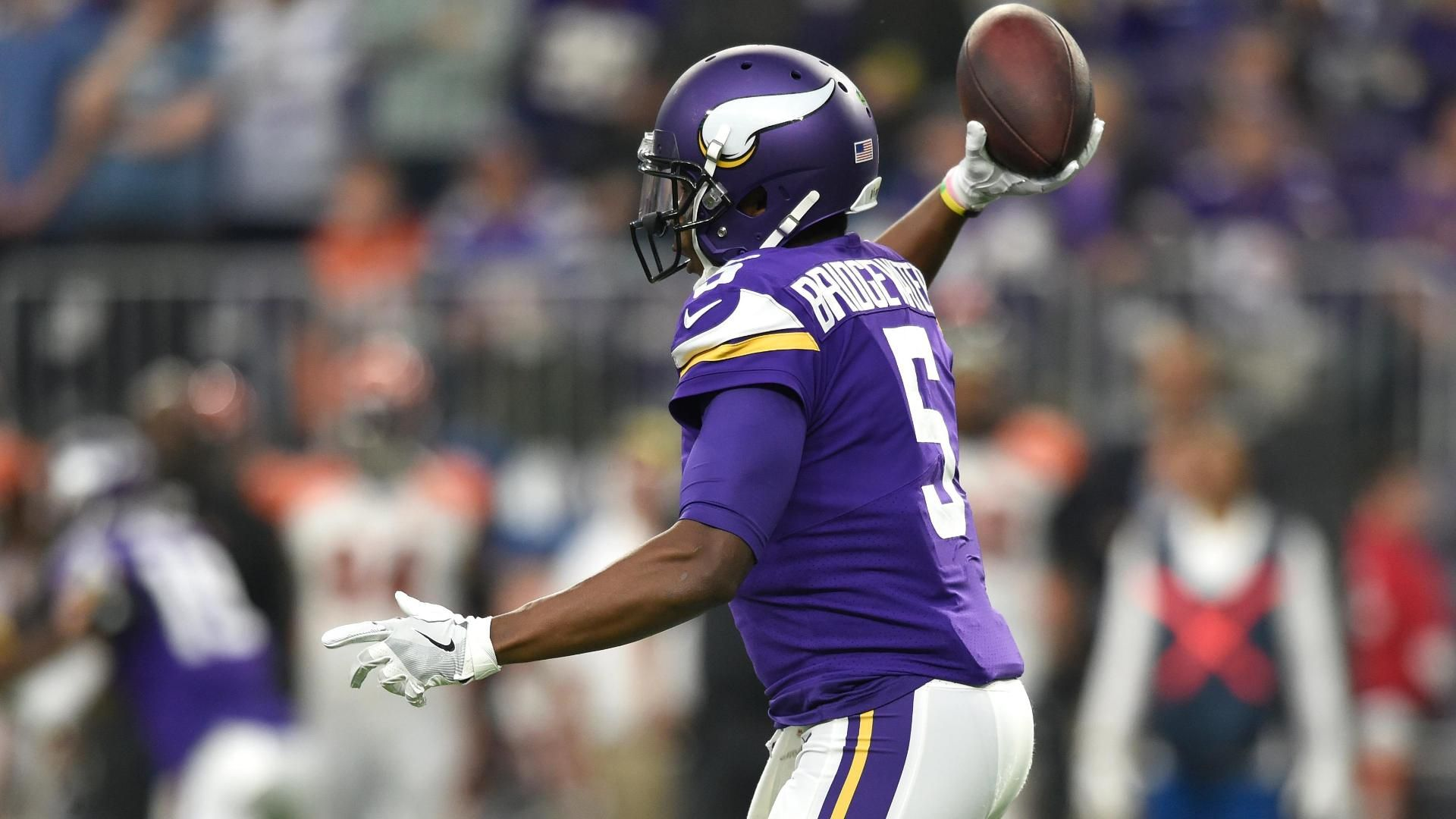 Bridgewater throws interception on first pass since 2015