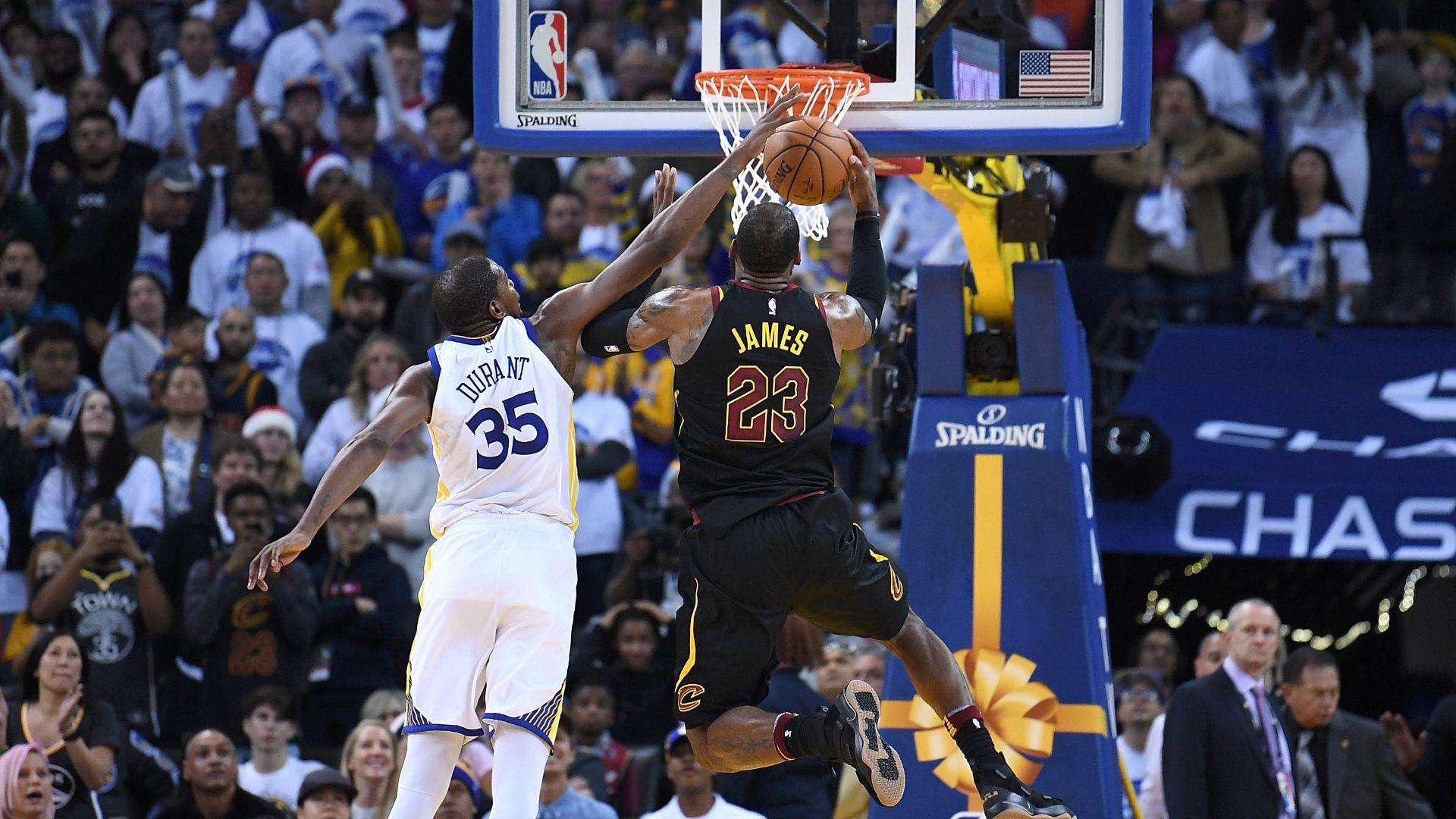 https://secure.espncdn.com/combiner/i?img=/media/motion/2017/1225/dm_171225_NBA_LeBron_vs_Durant/dm_171225_NBA_LeBron_vs_Durant.jpg