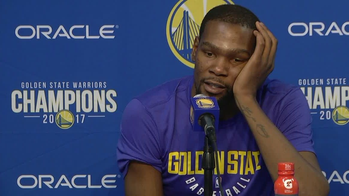 Durant says to keep foul talk 'on Twitter'