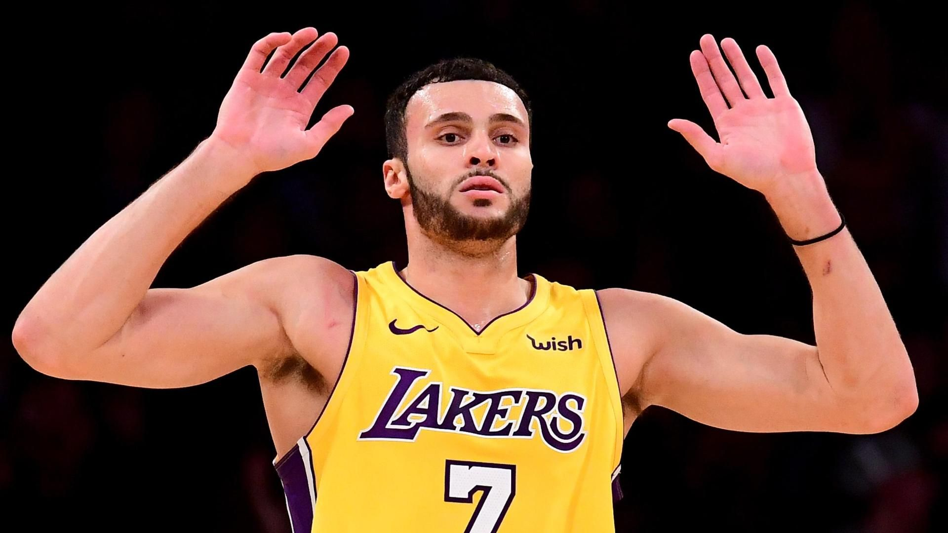 Nance Jr. puts on a show with huge steal and slam