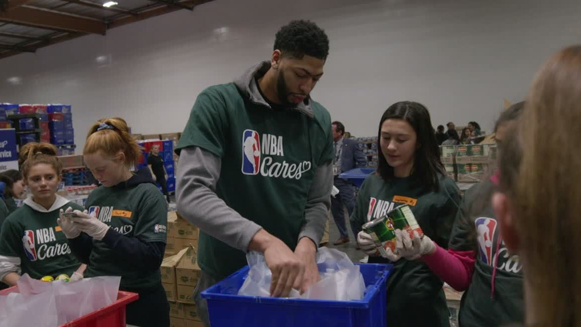 NBA stars lend a helping hand