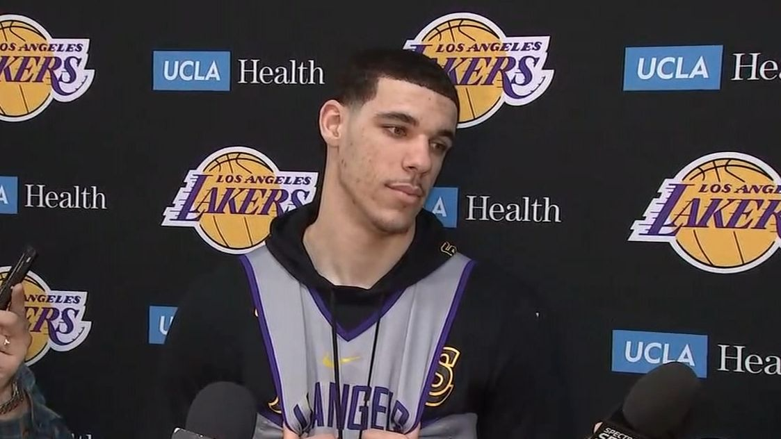 https://secure.espncdn.com/combiner/i?img=/media/motion/2018/0223/dm_180223_Lonzo_on_FBI_investigation_Everybody_is_getting_paid_anyway/dm_180223_Lonzo_on_FBI_investigation_Everybody_is_getting_paid_anyway.jpg