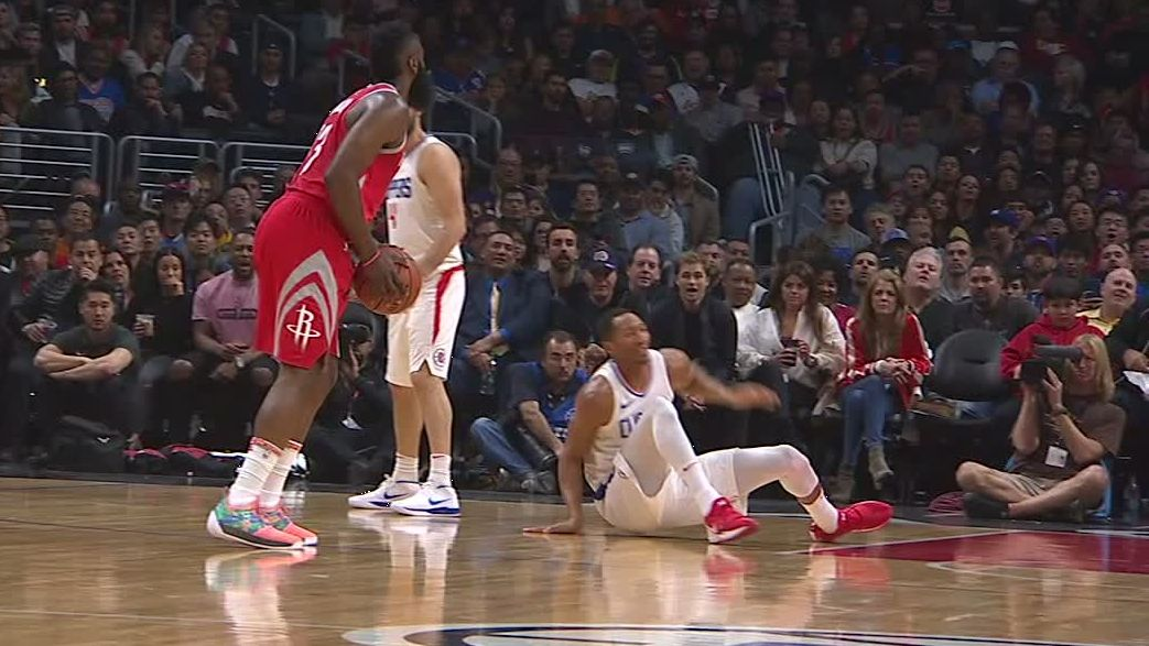 https://secure.espncdn.com/combiner/i?img=/media/motion/2018/0301/dm_180301_NBA_James_Harden_Reactions/dm_180301_NBA_James_Harden_Reactions.jpg