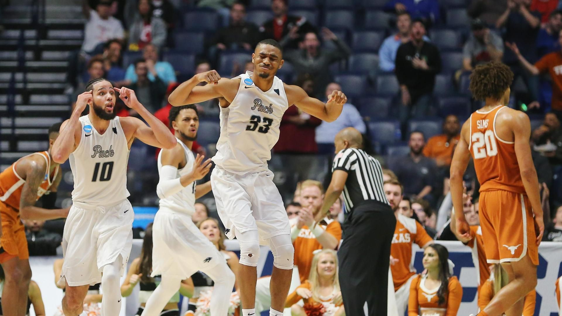 Martin's sharpshooting boosts Nevada over Texas