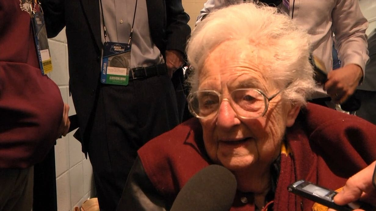 Sister Jean emotional after Loyola-Chicago reaches Elite Eight