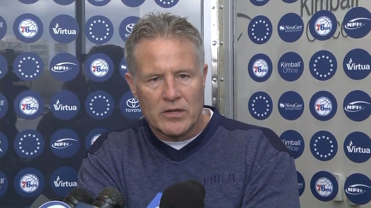 Brown: Embiid, 76ers 'very unified' with injury