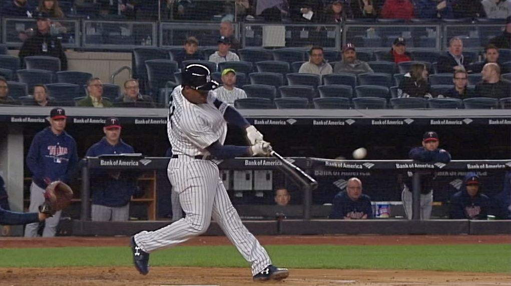 Andujar takes first pitch he sees deep for homer